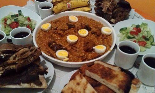 هريسة الشعير أكلة من التراث الليبي كان الأجداد يعدونها مع قدوم كل موسم وعيد عاشوراء واصبحت عادة الى الأن , ماهو مقابلها بالأمازيغية