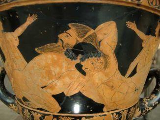 هيراكليس يتصارع مع العملاق الليبي أنتيوس، متحف اللوفر ، باريس ، فرنسا
