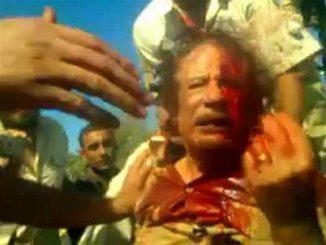 قتل القذافي