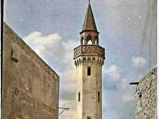 مسجد العزابة في زوارة